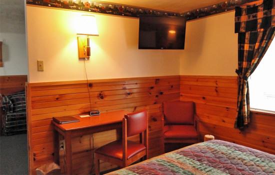 Alpine Country Inn & Suites - Alpine Suite 1