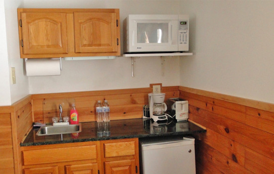 Alpine Suite - Kitchenette Area