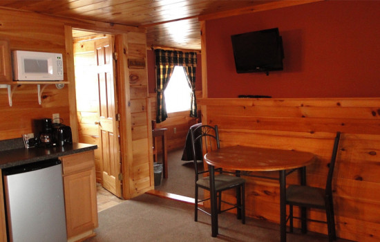 Alpine Country Inn & Suites - Olympic Suite Features