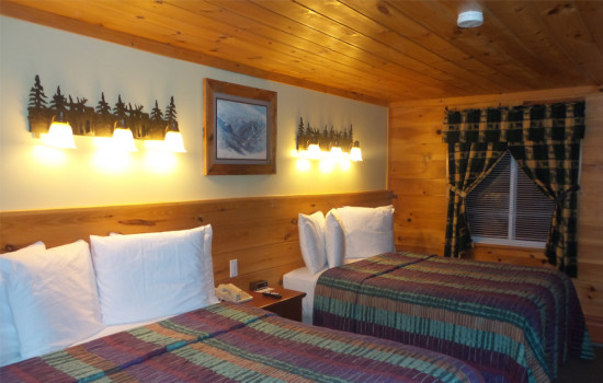 Alpine Country Inn & Suites - Whiteface Suite