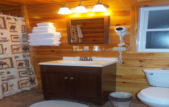 Whiteface Suite - Bathroom