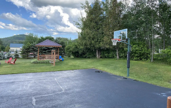 Alpine Country Inn & Suites - Sport Facility
